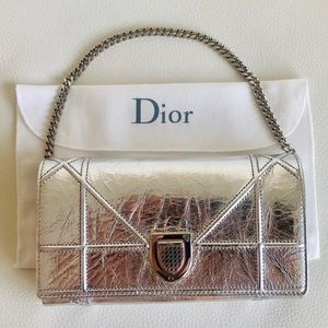 💯 Authentic Christian Dior WOC Wallet